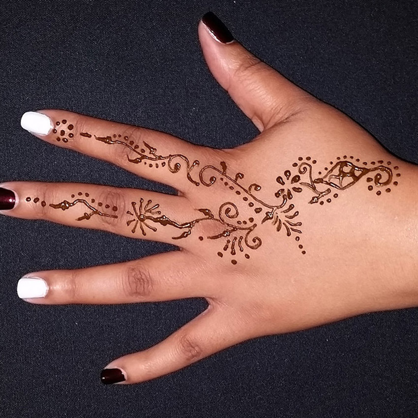 Traditional Floral Henna